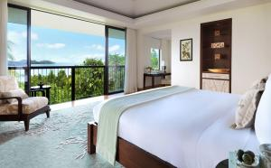 Raffles Seychelles Ocean View Bedroom Villa