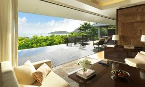 Raffles Seychelles Royal Ocean View 2 Bedroom Villa Lounge