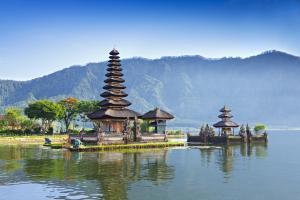 Sens Asia Travel Indonesien Ulun Danu temple Bali