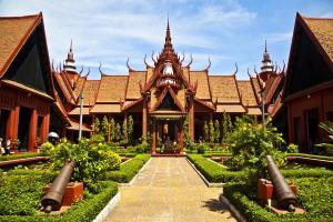 Sens Asia Travel Kambodscha Phnom Penh National Museum