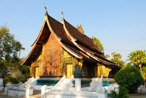 Sens Asia Travel Laos Wat Xieng thong temple