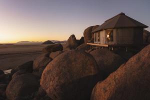 Sonop Dawn Lodge Rocks © Zannier Hotels