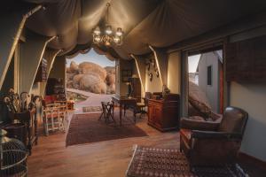 Sonop Reception © Zannier Hotels