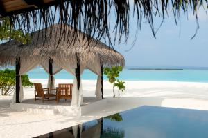 The Sun Siyam Iru Fushi Deluxe Beach Villa with Pool
