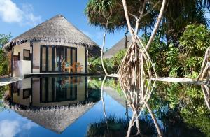 The Sun Siyam Iru Fushi Delxue Beach Villa front