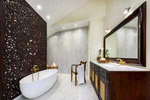 Ulagalla by Uga Escapes Villa Bathroom