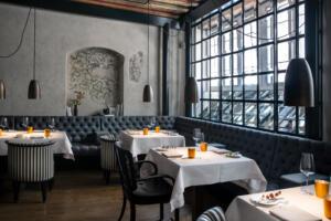 Widder Hotel Restaurant Tisch