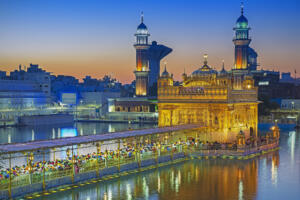 andBeyond India Eat Pray Love Blue Hour Harmandir Sahib